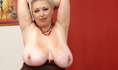 Big Breasted Mature Slut Playing with  Herself - Mature.nl