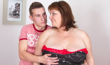 Big Breasted Mature Slut Having Sex with Her Toy Boy - Mature.nl