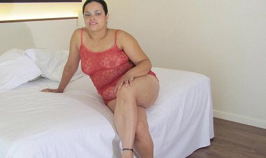Big Mature Barbara Loves to Get Naughty - Mature.nl
