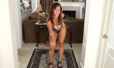 Naughty American Mom Playing with Her Toy - Mature.nl