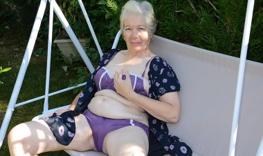 Naughty Granny Playing in the Garden with Her Pussy - Mature.nl