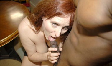 Horny Red Mature Slut Getting Fucked by a Hard Black Cock - Mature.nl