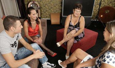 Three Mature Sluts Share One Hard Cock - Mature.nl