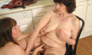 Big Titted Teen Doing Her Older Lesbian Neighbour - Mature.nl