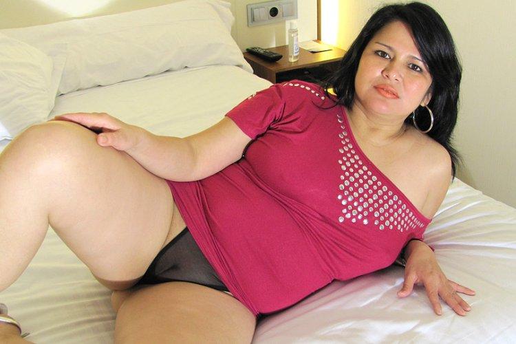 Pregnantstrap on dildo