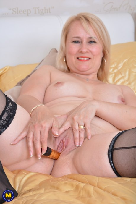 Naughty British housewife getting very kinky