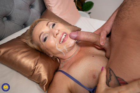 This horny housewife loves to get a good hard cock in the afternoon