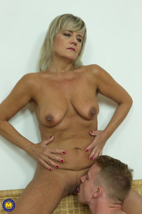 Horny housewife Cherry does her toyboy