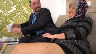 Granny Wants a Hard Cock – Mature.nl