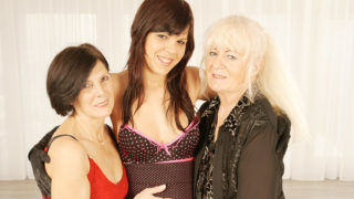 Three Naughty Old and Young Lesbians at Play – Mature.nl