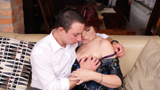 Horny Mature Lady Having Great Sex with Her Younger Lover – Mature.nl