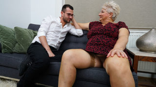 Dirty grandma blows her toyboy and gets fucked – Mature.nl
