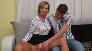 Horny Mature Lady Blows Her Toyboy and Gets Fucked Hard – Mature.nl