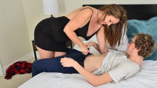 Sexy MILF Sucks Her Toyboy's Dick before Fucking Him