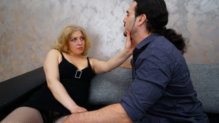 Sexy Housewife Blows Her Lover Befor He Fucks Her Hard – Mature.nl
